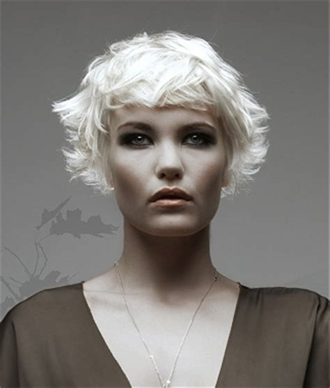 hairstyles cropped bob wavy short crop hair styles for fall