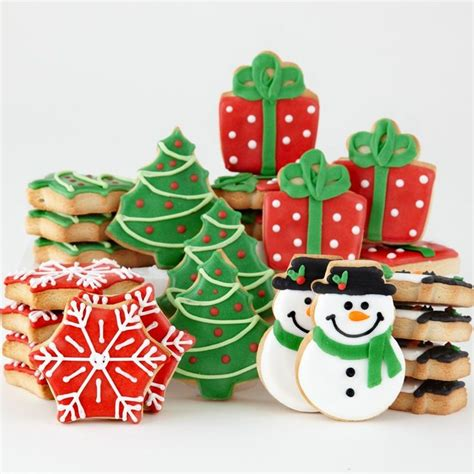 best 25 decorated christmas cookies ideas on pinterest