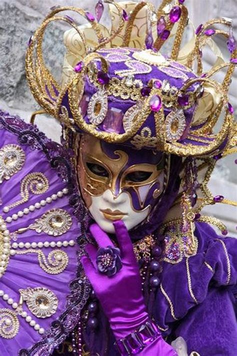 mardi gras costumes carnivale and carnaval costumes 8537 best masks venice carnival images on pinterest