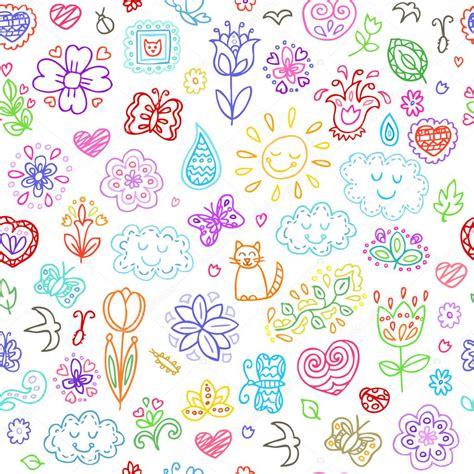 bloemen en wolken voorjaar doodles set hand tekent vlinders bloemen zon