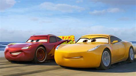 esiste il film cars 3 cars 3 il terzo trailer in italiano del film pixar