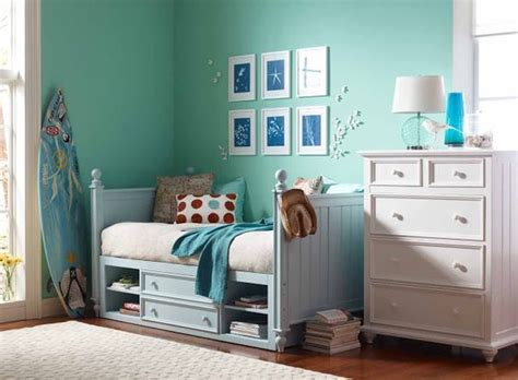 sea green bedroom turquoise blue and white bedroom sun prints love the
