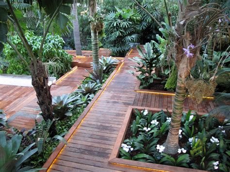 residence 1 tropical landscape los angeles by durie design