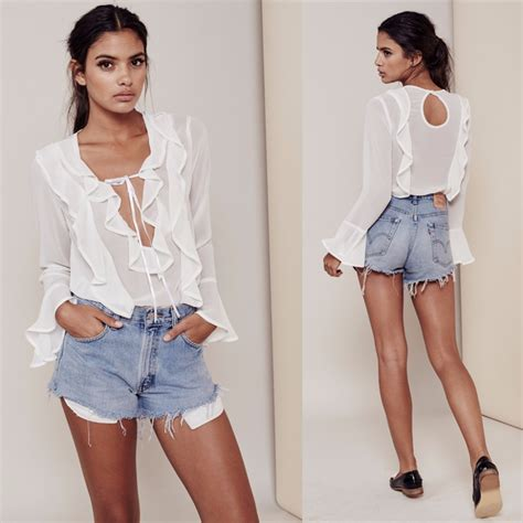 Sleeve Blouse With Plunging Neckline by Plunging V Neck Blouse Sleeved Blouse