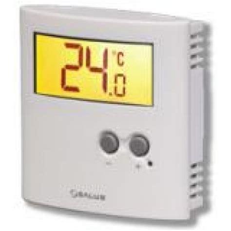 salus ert30 230v room thermostat with set back