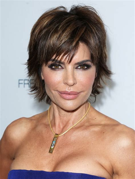 Flattering Haircuts For Over 40 | best short haircuts for women over 40