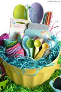 baskets ideas 25 themed easter baskets