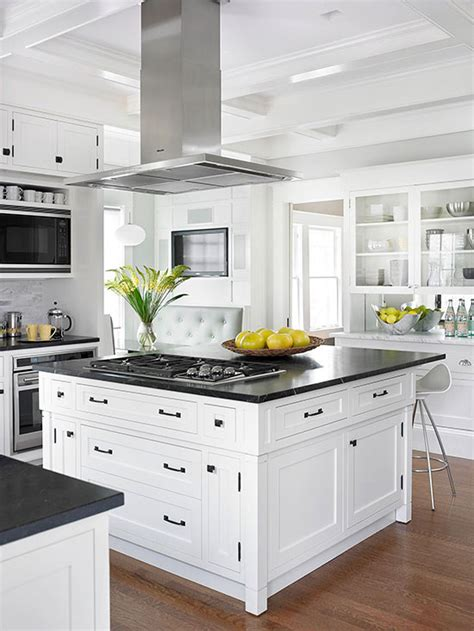 trendy kitchen cabinet colors kitchen cabinet color trends 2015