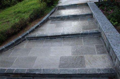 piastrelle per scale esterne scale esterne interne in pietra di luserna pelganta giorgio