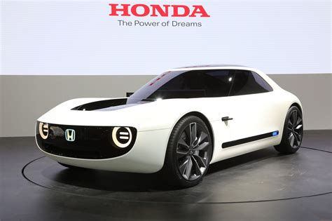 electric sports cars honda shows electric sports car automated commuter pod in