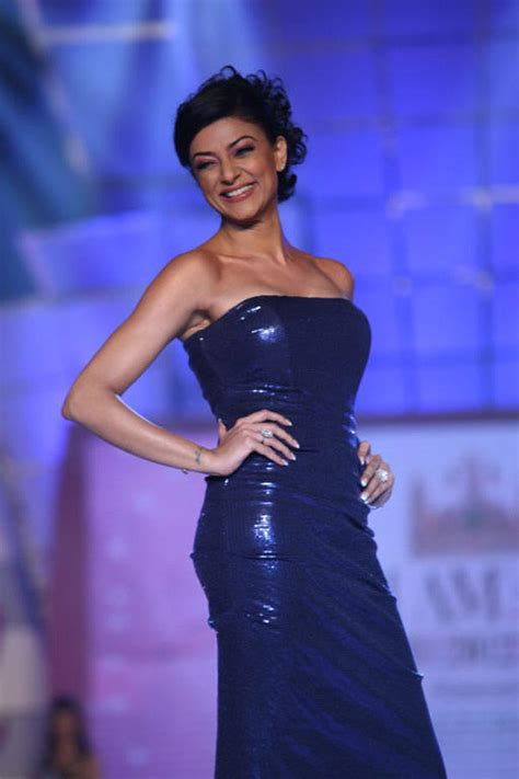 sushmita sen evening gown sushmita looked radiant in a strapless blue sequin gown