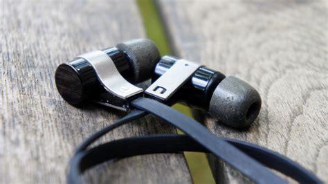 best earbuds gizmodo the best cheap bluetooth headphones gizmodo uk