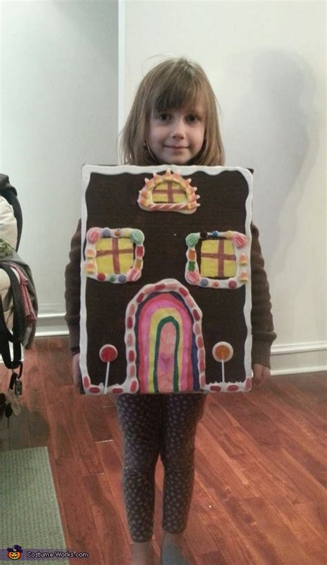 The Costume House by Gingerbread House Costume