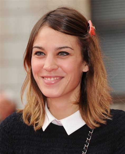 alexa chung s medium long hairstyle with hair that rests