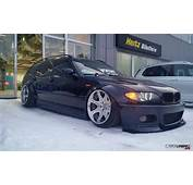 Stanced BMW 3 E46 Touring Front And Side