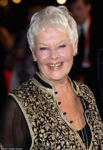 judi bench dame judi dench s argument with taxi driver revealed by ex
