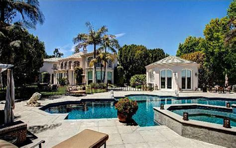 martin lawrence house seriously martin lawrence mansion for rent 200 000 a month