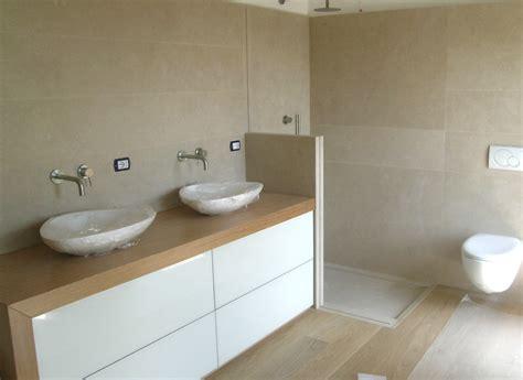 bagno con rivestimento in pietra ojeh net rivestimenti in pietra per interni da letto