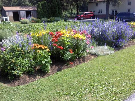 Flower Gardens In Pa 33 Best Images About Amish Flowers Gardens Trees Of Southern Lancaster County On