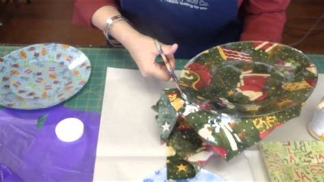What Can You Decoupage - make fabric plates using mod podge