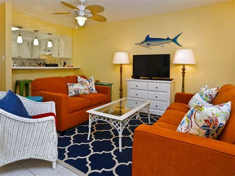 shopping for a condo in the most delightful way decogirl sandprints 3e delightful one bedroom condo free wifi