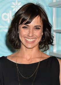 hairstyles with bangs 40 years constance zimmer short wavy hairstyle with bangs for women