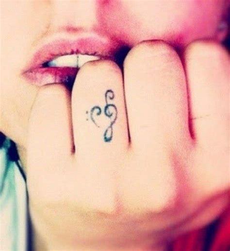 Kleine Tattoo Inspiration | 220 ber 1 000 ideen zu kleine tattoo designs auf pinterest