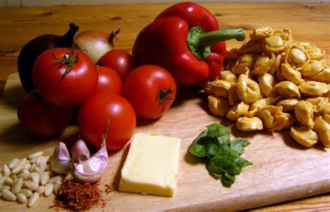 emorroidi alimentazione emorroidi quali alimenti 232 meglio mangiare thd salute