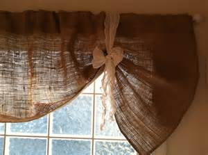 Burlap Kitchen Curtains Best 25 Burlap Valance Ideas On Burlap Curtains Kitchen Valances And Valances For