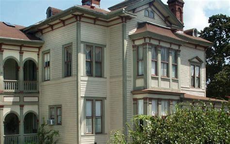 Fairbanks House by Amelia Island Honeymoon Package By Fairbanks House