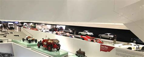 Porsche Shop Stuttgart by Virtuelle Live F 252 Hrung Im Porsche Museum Auto Diva Autoblog