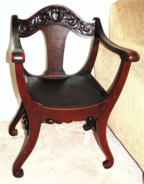 Chair Bottoms by Curved Bottom Chair Carved Apron Collectors Weekly
