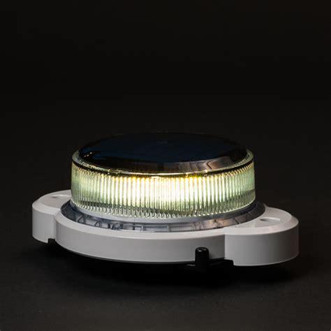 solar powered buoy lights carmanah solar marker light 500 maru watersport en industry