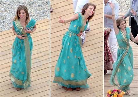 bloggers love taste of home on pinterest 48 pins naomi from 90210 love this sari style indian clothes