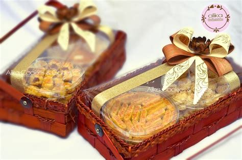 Jual Keranjang Parcel Di Tangerang kue kering alikacookiesncakes