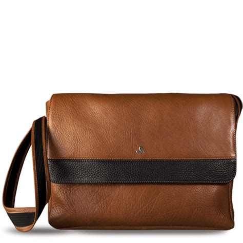 Vaja Caddie Collection Cases Include A Leather Bag To Carry Your Gadgets In by Premium Leather Cases For Macbook Air 11 Quot