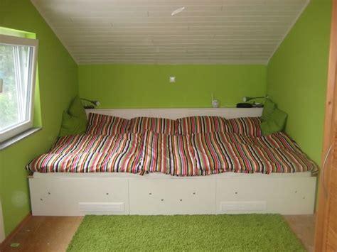wohnzimmer 3m breit 1000 ideen zu familienbett auf