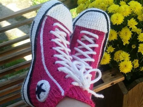 pattern crochet converse slippers converse reaverse slippers share a pattern