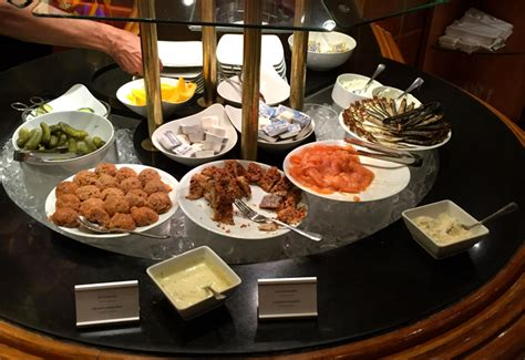 Hotel Review Intercontinental Berlin Intercontinental Breakfast Buffet