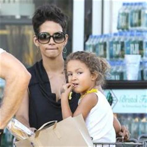 Halle Upset With Mag For Dredging Up Story by Eric Benet On