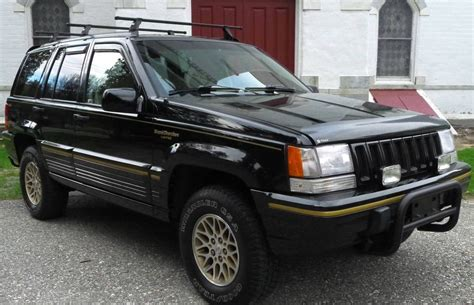 lowered jeep grand cherokee low mileage zj 9 000 mile jeep grand cherokee