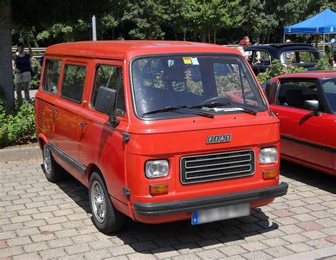 lada vintage anni 70 fiat 900