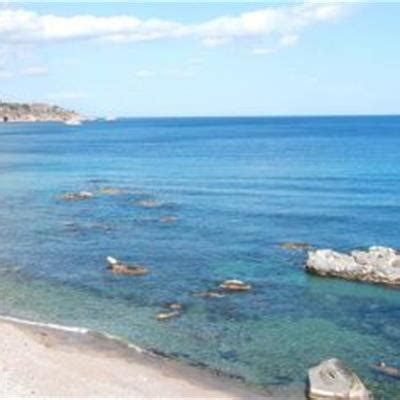 beb giardini naxos bed and breakfast teocle giardini naxos messina