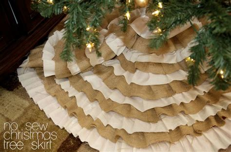 how big should a tree skirt be 15 best images about decor on trees trees and burlap tree skirt