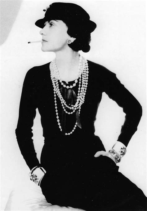 coco chanel little biography coco chanel beautiful woman black and white pinterest