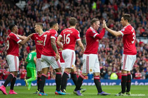 new year celebration manchester 2015 manchester united 3 0 sunderland three things we learnt