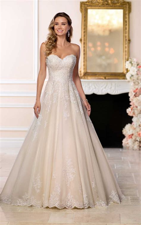 affordable classic wedding dress stella york wedding dresses