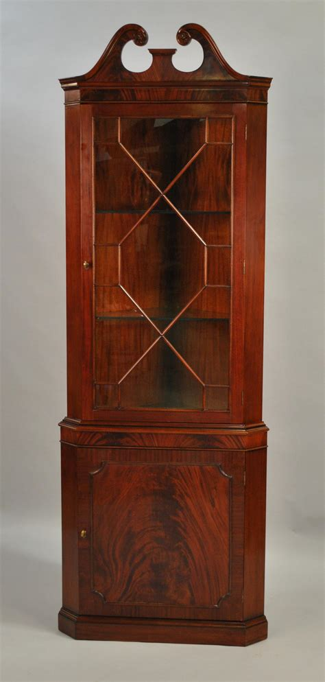 High Quality Single Door Mahogany Corner Cabinet Corner Cabinet Door
