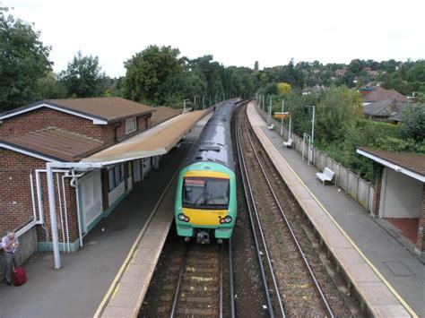 Hurst Green railway station - Wikipedia J 112