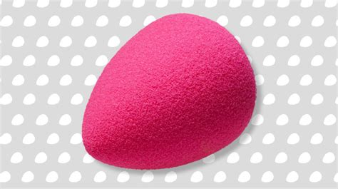 Blender Cosmos Pink this egg shaped sponge will change your makeup forever cosmo ph